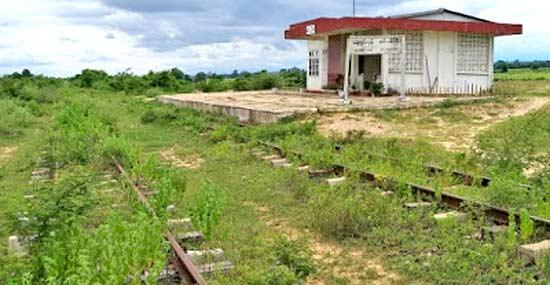 ကံမရထားလမ္း ေဖာက္လုပ္ရာတြင္ သိမ္းဆည္းခံရေသာ ေျမယာမ်ားအတြက္ ေလ်ာ္ေၾကးေပး - Property News in Myanmar from iMyanmarHouse.com