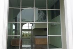 လံုးခ်င္းအိမ္ (၄)ထပ္ခြဲ (Hotel)