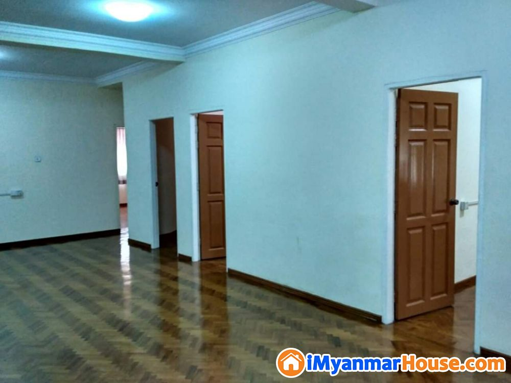 Shwe Kabar Housing 7-th floor lift and car parking 1500-sqf 1-master bed,3-single bed 5-AC 10lakhs per month Mindama Road Near MICT Park C2