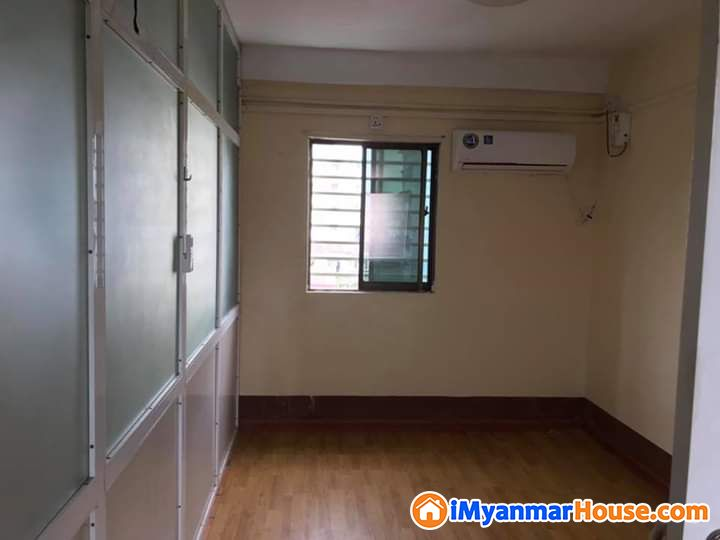 18*54*ပေ ဝေဇန္တာလမ်းမအနီး အလုံးစုံပြင်ဆင်ပြီး - ငွါးရန္ - ေတာင္ဥကၠလာပ (South Okkalapa) - ရန္ကုန္တိုင္းေဒသႀကီး (Yangon Region) - 4 သိန္း (က်ပ္) - R-17628492 | iMyanmarHouse.com