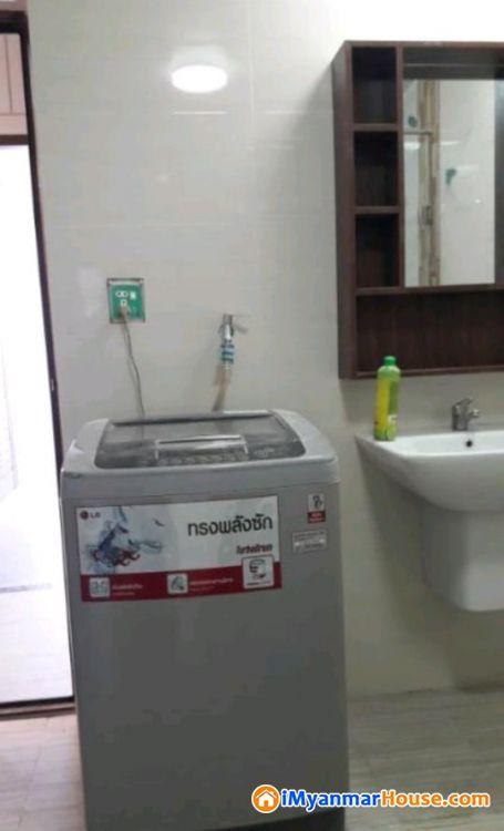 အခ်က္အခ်ာက် ေသာေနရာတ ြင္ Luxury Residence အျမန္ငွားမည္ - ငွါးရန္ - စမ္းေခ်ာင္း (Sanchaung) - ရန္ကုန္တိုင္းေဒသႀကီး (Yangon Region) - $ 1,200 (အေမရိကန္ေဒၚလာ) - R-18094242 | iMyanmarHouse.com