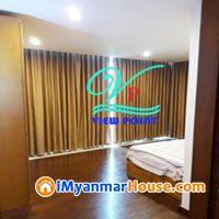 ေရႊဟသၤာကြန္ဒိုတြင္ (2200sqft) အက်ယ္ရွိအခန္းအျမန္ငွားမည္။ - ငွါးရန္ - လိႈင္ (Hlaing) - ရန္ကုန္တိုင္းေဒသႀကီး (Yangon Region) - $ 2,500 (အေမရိကန္ေဒၚလာ) - R-18095583 | iMyanmarHouse.com