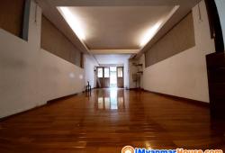 OFFiceဆိုင်ဖွင့်ရန်နေရာကောင်း အလုံ ငုဝါလမ်းမကြီးပေါ် နှစ်ထက်အိမ်ငှားမည်