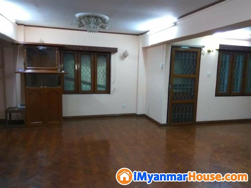 အနော်ရထာလမ်းမ၊ ပုဇွန်တောင်၊ 25'x55'၊ ပထမထပ်၊ BR-3,ထောင့်ခန်း၊ A/C , ပြင်ဆင်ပြီး ငှါးရန်ရှိပါသည်။ - For Rent - ပုဇွန်တောင် (Pazundaung) - ရန်ကုန်တိုင်းဒေသကြီး (Yangon Region) - 6 Lakh (Kyats) - R-19238851 | iMyanmarHouse.com