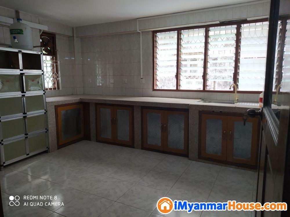 ပုဇွန်တောင်၊ လမ်းကျယ်လမ်းမ၊ 14'x55'၊ ပထမထပ်၊ BR-1,A/C-3,Ph ငှါးရန်ရှိပါသည်။ - For Rent - ပုဇွန်တောင် (Pazundaung) - ရန်ကုန်တိုင်းဒေသကြီး (Yangon Region) - 4 Lakh (Kyats) - R-19238974   iMyanmarHouse.com