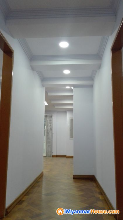 Penthouse - ငှါးရန် - မရမ်းကုန်း (Mayangone) - ရန်ကုန်တိုင်းဒေသကြီး (Yangon Region) - $ 1,500 (အမေရိကန်ဒေါ်လာ) - R-19078683   iMyanmarHouse.com