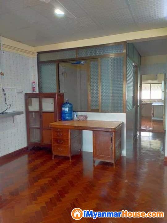 စမ္းေခ်ာင္းတိုက္ခန္းအဌား - ငှါးရန် - စမ်းချောင်း (Sanchaung) - ရန်ကုန်တိုင်းဒေသကြီး (Yangon Region) - 2.30 သိန်း (ကျပ်) - R-19162658 | iMyanmarHouse.com