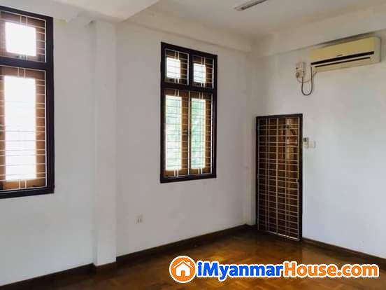 တိုက္ခန္းေစ်းႏႈန္းေလးနဲ႔ အသင့္ေနRC-2ထပ္ လံုးခ်င္းအိမ္ ငွါးရန္ရိွပါသည္ - ငှါးရန် - တောင်ဥက္ကလာပ (South Okkalapa) - ရန်ကုန်တိုင်းဒေသကြီး (Yangon Region) - 6 သိန်း (ကျပ်) - R-19176431 | iMyanmarHouse.com