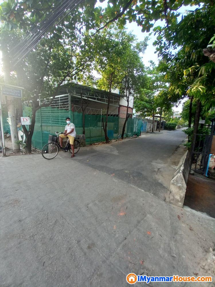 သံသုမာလမ်းလုံးချင်းအငှား - ငှါးရန် - တောင်ဥက္ကလာပ (South Okkalapa) - ရန်ကုန်တိုင်းဒေသကြီး (Yangon Region) - 4 သိန်း (ကျပ်) - R-19228010   iMyanmarHouse.com