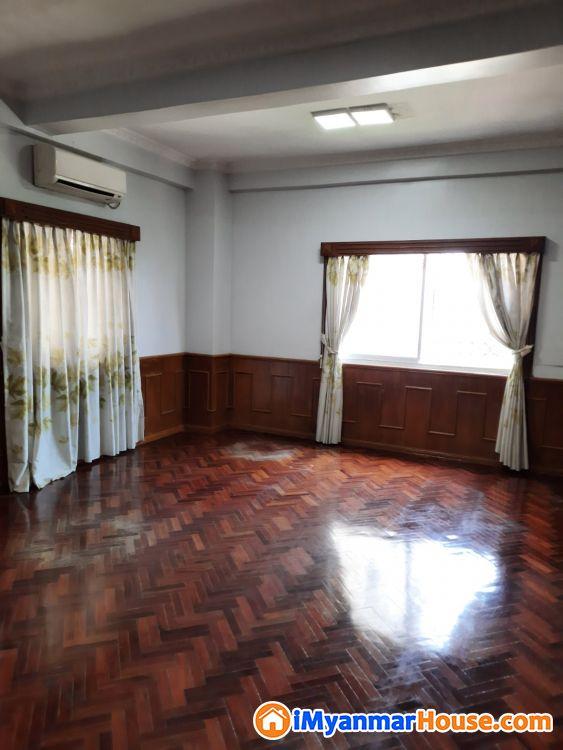 Shwe Chan Thar Condo rent for 3 M.bedrooms - ငှါးရန် - တာမွေ (Tamwe) - ရန်ကုန်တိုင်းဒေသကြီး (Yangon Region) - 15 သိန်း (ကျပ်) - R-19229817 | iMyanmarHouse.com