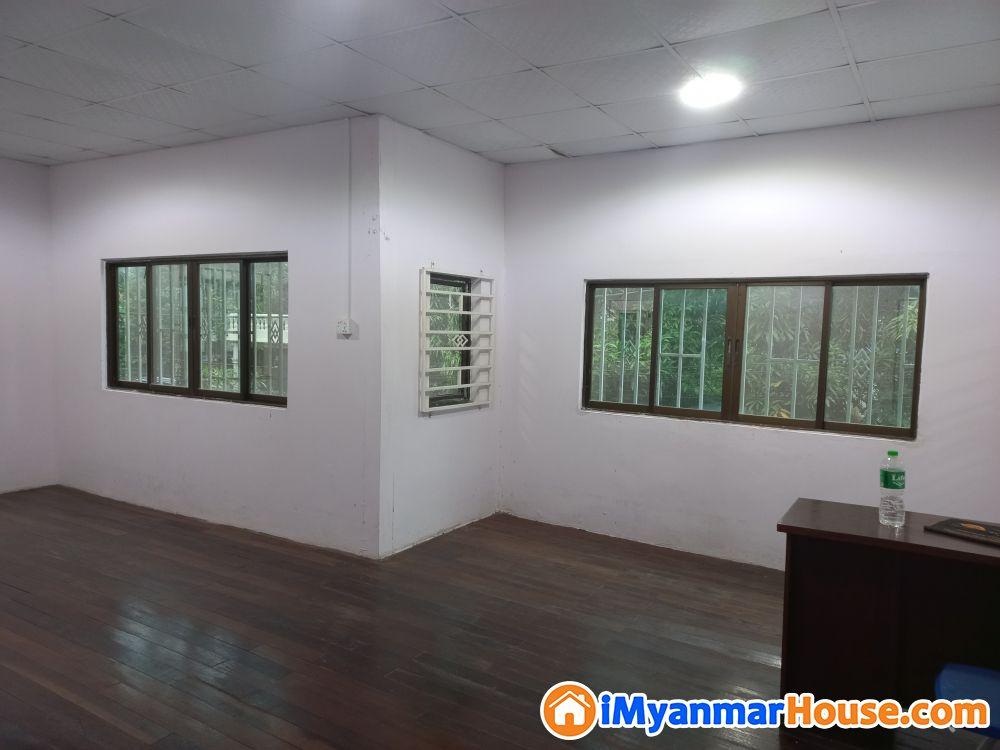 မရမ္းကုန္း ၈မိုင္ ျပည္လမ္းအနီး လံုးခ်င္းအိမ္ အျမန္ဌားမည္-09252627576 - ငှါးရန် - မရမ်းကုန်း (Mayangone) - ရန်ကုန်တိုင်းဒေသကြီး (Yangon Region) - 6 သိန်း (ကျပ်) - R-19328691   iMyanmarHouse.com