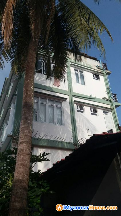 ပေ(30 x55) ကျယ်ဝန်းသောလုံးချင်းအိမ်ထပ်ခိုးပါကျောက်ဖြူမြို့နယ်ရှိပိုင်ရှင်ကိုယ်တိုင်အမြန်ရောင်းမည် - ေရာင္းရန္ - ေက်ာက္ျဖဴ (Kyaukpyu) - ရခိုင္ျပည္နယ္ (Rakhine State) - 5,500 သိန္း (က်ပ္) - S-7867803 | iMyanmarHouse.com
