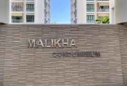 MaLiKha Condo for Sale Location - Yadanar road, Thingangyun Township. 6 floor(corner room) 1000 sq-ft 1 Master Bedroom 1 Bedroom Living room, Kitchen, Commom Bath & W/C 1650 lakhs (negotiable) Condo facilities: Swimming pool Gym ...