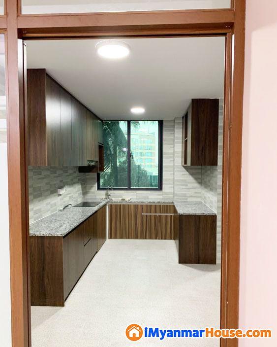ပေအကျယ် (2300) Lamin Luxury Condo - ေရာင္းရန္ - လိႈင္ (Hlaing) - ရန္ကုန္တိုင္းေဒသႀကီး (Yangon Region) - 3,300 သိန္း (က်ပ္) - S-8436890 | iMyanmarHouse.com
