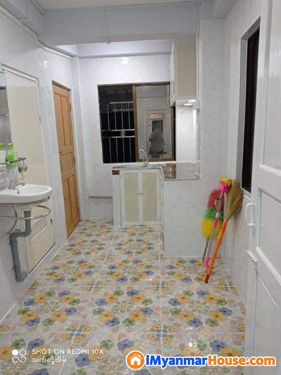 စမ်းချောင်းမြို့နယ်အရောင်းခန်း - ေရာင္းရန္ - စမ္းေခ်ာင္း (Sanchaung) - ရန္ကုန္တိုင္းေဒသႀကီး (Yangon Region) - 460 သိန္း (က်ပ္) - S-8652728 | iMyanmarHouse.com