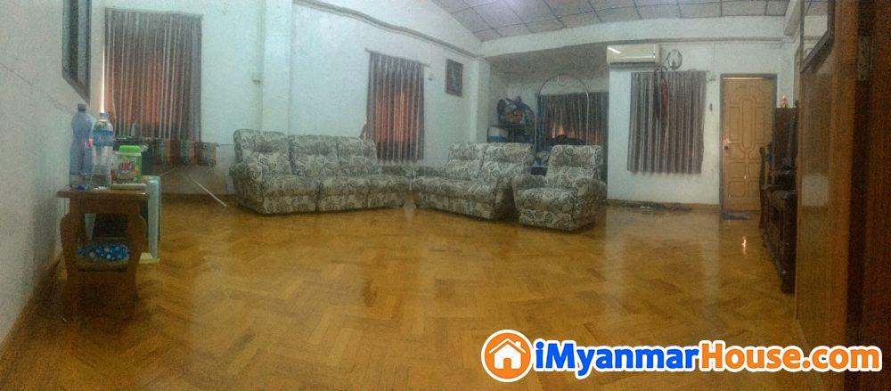 ပေ (25 x 50) ကျယ်ဝန်းသော တိုက်ခန်းပိုင်ရှင်ကိုယ်တိုင်အမြန်ရောင်းလိုပါသည်။ - ေရာင္းရန္ - ဗိုလ္တေထာင္ (Botahtaung) - ရန္ကုန္တိုင္းေဒသႀကီး (Yangon Region) - 590 သိန္း (က်ပ္) - S-8656092   iMyanmarHouse.com