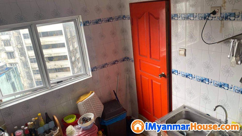 Mini condo - ရောင်းရန် - ပုဇွန်တောင် (Pazundaung) - ရန်ကုန်တိုင်းဒေသကြီး (Yangon Region) - 1,700 သိန်း (ကျပ်) - S-8667483 | iMyanmarHouse.com