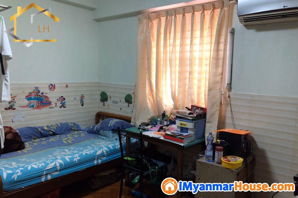 (1550sqft)အကျယ်၊ ပုဇွန်တောင်၊ East Point Condo, ပြင်ဆင်ထားပြီး ကွန်ဒိုရောင်းရန်ရှိ - ေရာင္းရန္ - ပုဇြန္ေတာင္ (Pazundaung) - ရန္ကုန္တိုင္းေဒသႀကီး (Yangon Region) - 1,550 သိန္း (က်ပ္) - S-8672049 | iMyanmarHouse.com