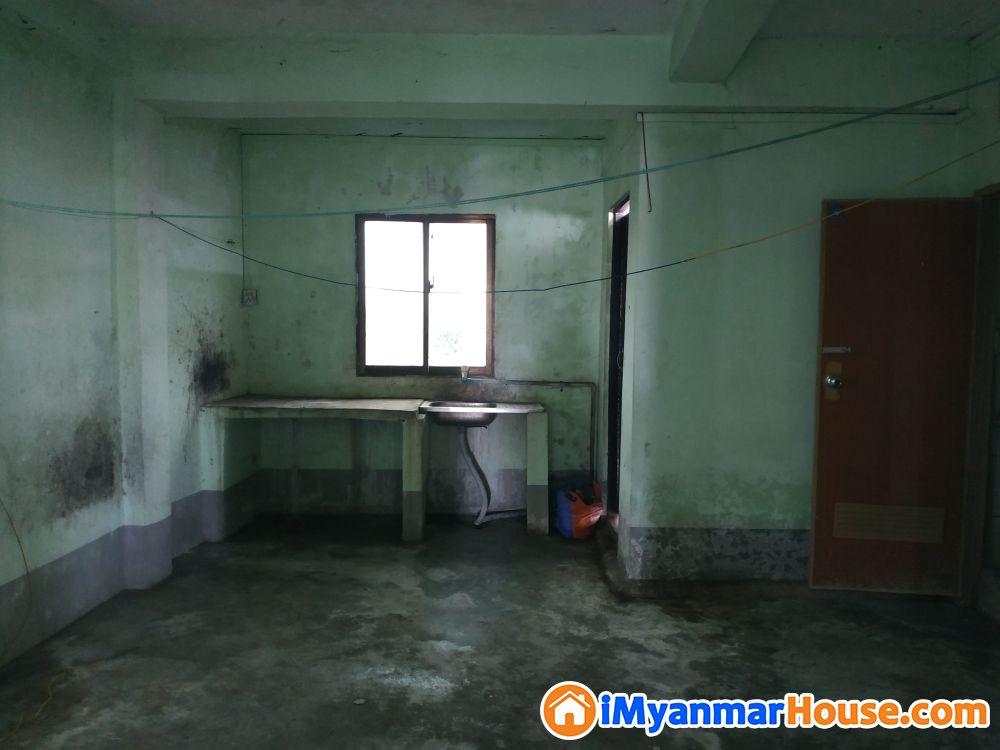 ေပက်ယ္ေစ်းတန္တိုက္ခန္းအေရာင္း - ေရာင္းရန္ - ေတာင္ဥကၠလာပ (South Okkalapa) - ရန္ကုန္တိုင္းေဒသႀကီး (Yangon Region) - 260 သိန္း (က်ပ္) - S-8710037 | iMyanmarHouse.com