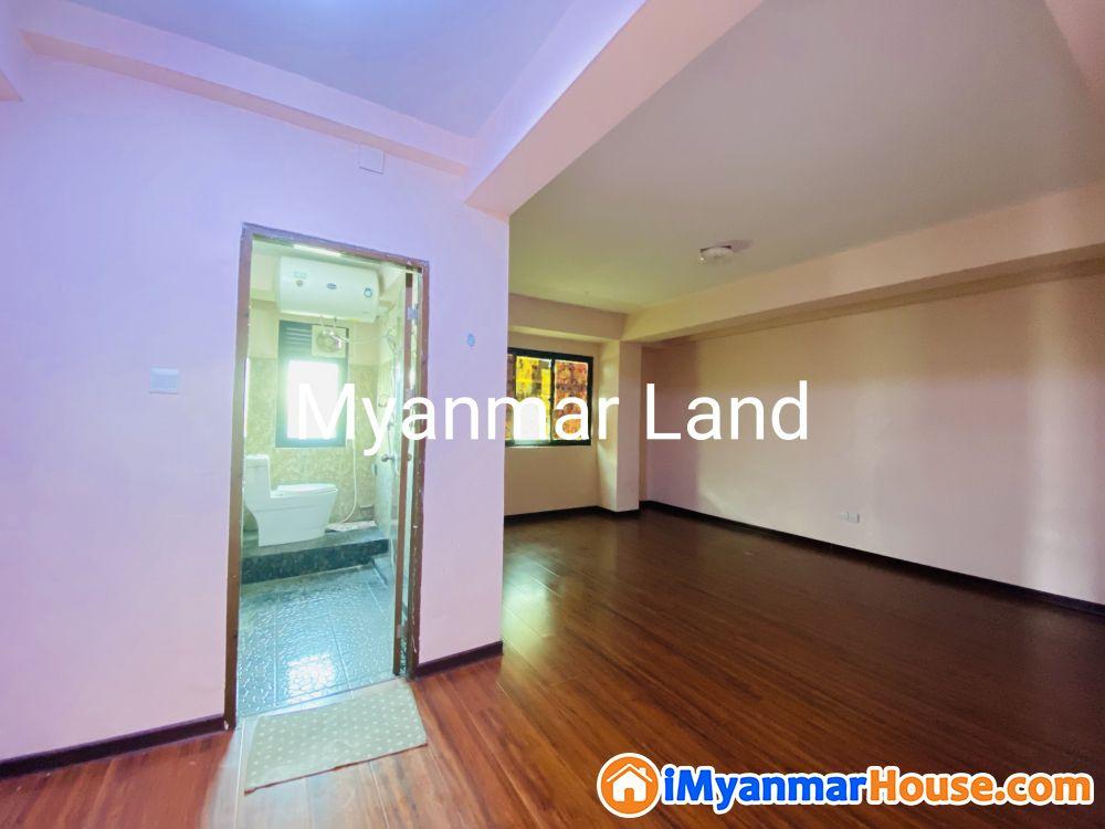 Yankin Residence 1800 sqft - ေရာင္းရန္ - ရန္ကင္း (Yankin) - ရန္ကုန္တိုင္းေဒသႀကီး (Yangon Region) - 2,350 သိန္း (က်ပ္) - S-8714991 | iMyanmarHouse.com