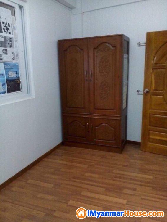 လှိုင်ကန်လမ်း လှိုင်မြင်းမိုရ်အိမ်ရာအနီး လူနေရန်အထူးသင့်တော်သည် တိုက်ခန်းအရောင်းလေးနဲ့မိတ်ဆက်ပေးပါရစေ - ရောင်းရန် - လှိုင် (Hlaing) - ရန်ကုန်တိုင်းဒေသကြီး (Yangon Region) - 950 သိန်း (ကျပ်) - S-8777551 | iMyanmarHouse.com