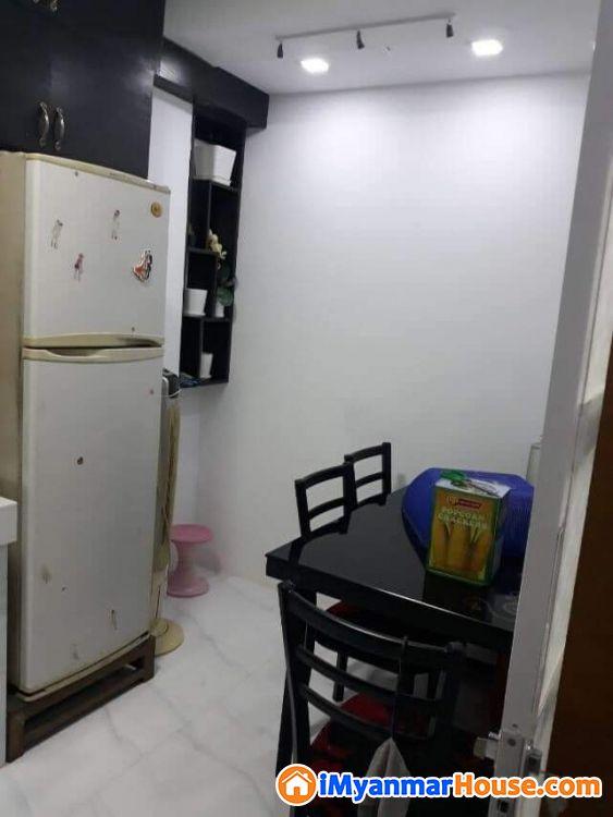 ရတနာလမ်းမကြီး နှင့် ကျိုက္ကဆံဘုရားအနီး ပြင်စင်ပြီး တိုက်ခန်းအရောင်း - ရောင်းရန် - တောင်ဥက္ကလာပ (South Okkalapa) - ရန်ကုန်တိုင်းဒေသကြီး (Yangon Region) - 620 သိန်း (ကျပ်) - S-8782530 | iMyanmarHouse.com