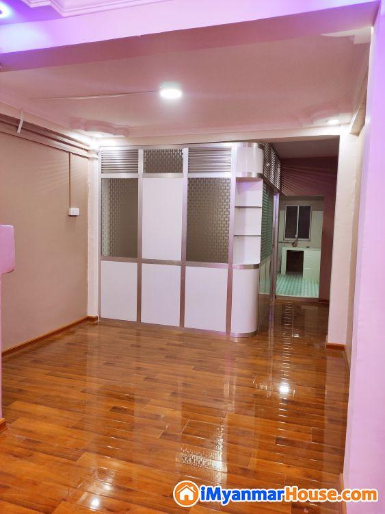 တိုက်ခန်းရောင်းမည် - ရောင်းရန် - သင်္ဃန်းကျွန်း (Thingangyun) - ရန်ကုန်တိုင်းဒေသကြီး (Yangon Region) - 320 သိန်း (ကျပ်) - S-8958330   iMyanmarHouse.com