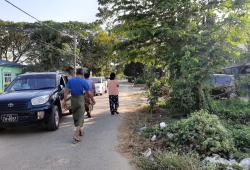မြောက်ဒဂုံ 49ရပ်ကွက်ဘုရင့်နောင်လမ်းမကြီးတည့်ပေါက်ထောင့်ကွက်စျေးတန်အရောင်း