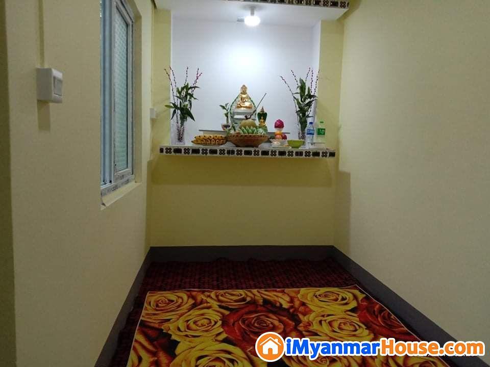 ပေအကျယ်(20x60) ပေါ်မှာ အိမ်အကျယ် (18'x45') နှစ်ထပ်ဆောက်ထားသည့် ရေကူးကန်ပါအသင့်နေ အလုံးစုံပြင်ပြီး အသစ်စက်စက်လေး အမြန်ရောင်းမည်။ - ရောင်းရန် - ဒဂုံမြို့သစ် အရှေ့ပိုင်း (Dagon Myothit (East)) - ရန်ကုန်တိုင်းဒေသကြီး (Yangon Region) - 1,100 သိန်း (ကျပ်) - S-9022707 | iMyanmarHouse.com