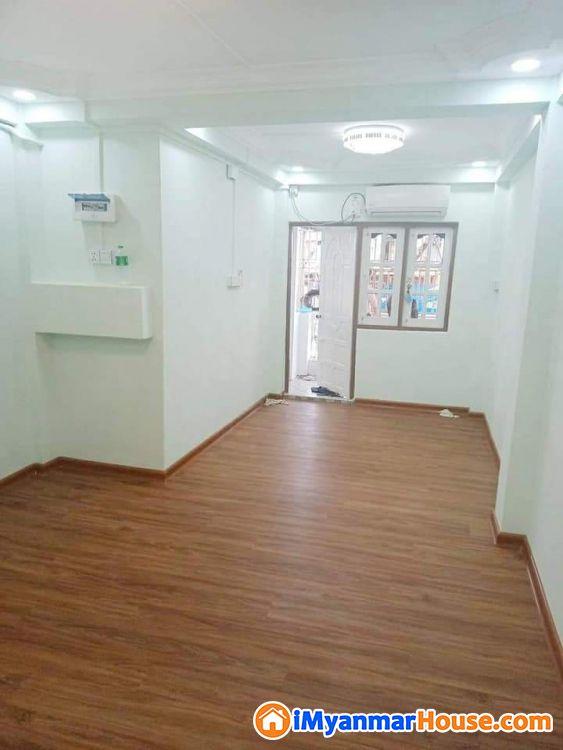 စမ်းချောင်းမြို့နယ်အရောင်းခန်းပါ - ရောင်းရန် - စမ်းချောင်း (Sanchaung) - ရန်ကုန်တိုင်းဒေသကြီး (Yangon Region) - 380 သိန်း (ကျပ်) - S-9330655 | iMyanmarHouse.com